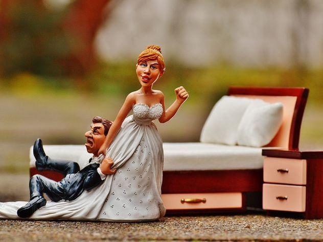 Самая необыкновенная свадьба года: ради невесты жених надел ее одеяние