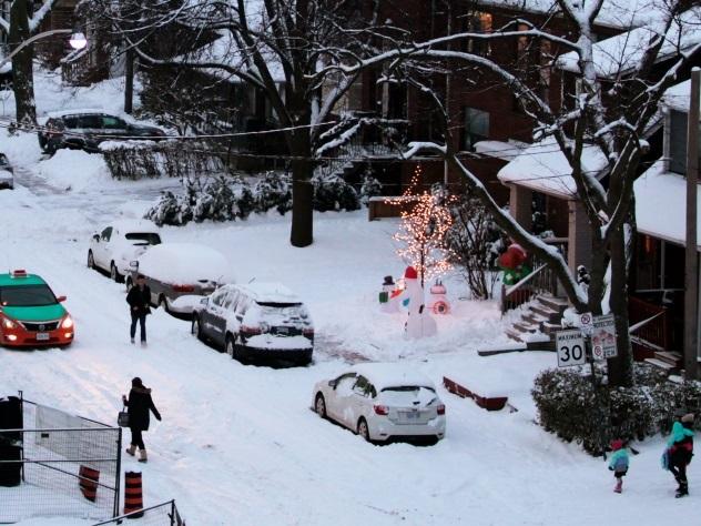 Неменее 40 машин столкнулись вКанаде, пострадали 15 человек