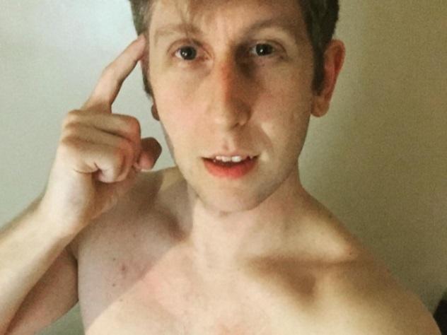 Британский порноактер поведал  шокирующую правду отравмоопасности профессии