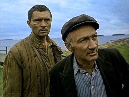 Владимир ГОЛОВИН (справа)