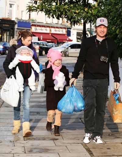 Джейми ОЛИВЕР с семейством