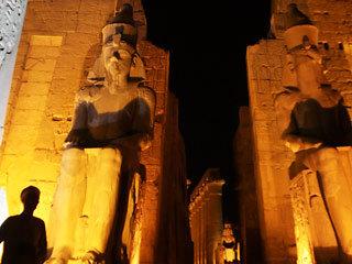 Олигарх и супермодель поженятся в Луксоре в храме, посвященном богу солнца и царю богов Амону