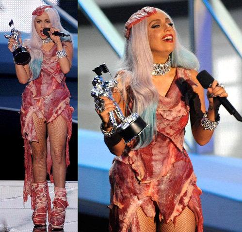 Леди Гага получила три награды, однако не смогла лично получить их на церемонии Europe MTV Awards