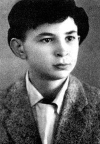 Школьник КЛЯВЕР был любвеобильным мальчуганом