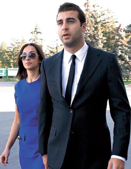 Телеведущий и его жена Наталья КИКНАДЗЕ любят друг друга со школьной скамьи