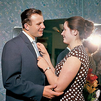 Юрий ГАГАРИН с женой Валентиной (фото fotki.yandex.ru)