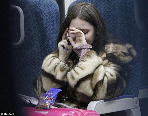 Пассажиры, пережившие теракт, в шоке. Фото: Daily Mail
