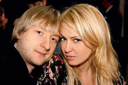 Яна РУДКОВСКАЯ и Евгений ПЛЮЩЕНКО - фото km.ru
