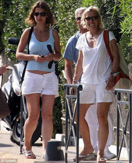 Мартина НАВРАТИЛОВА и Юлия ЛЕМИГОВА -  фото Daily Mail