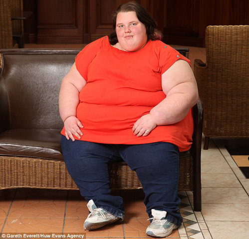 17-летняя Джорджия ДЭВИС - самый толстый тинейджер Британии