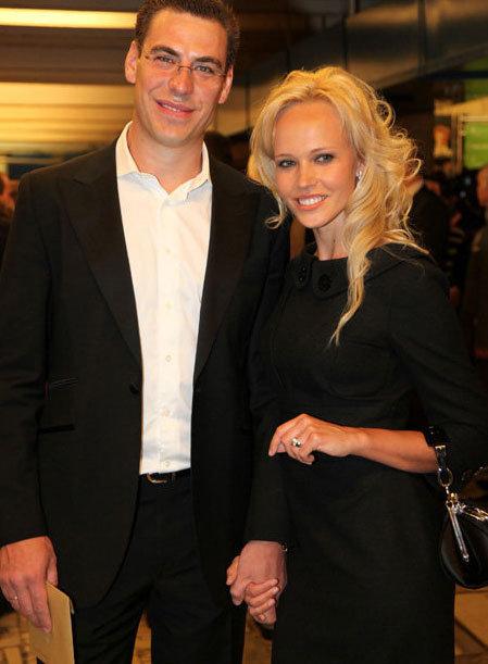 Дмитрий ДЮЖЕВ с женой Татьяной на церемонии вручения кинопремий «Золотой Орёл-2011» (Фото Ларисы Кудрявцевой)
