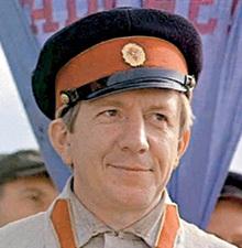 Милиционер в «Красных пчёлах» (1972 г.)