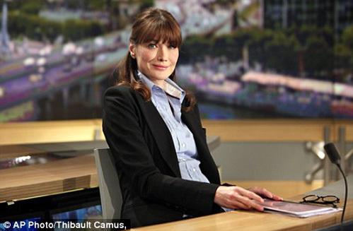 Карла БРУНИ во время недавнего интервью каналу TF1