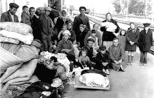 В 1944 г. перед отправкой в солнечный Узбекистан у «мирных татар» изымали оружие, гранаты, которые имелись в каждом втором доме