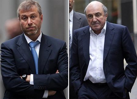 Роман АБРАМОВИЧ и Борис БЕРЕЗОВСКИЙ выясняют отношения в лондонском суде (фото Daily Mail)