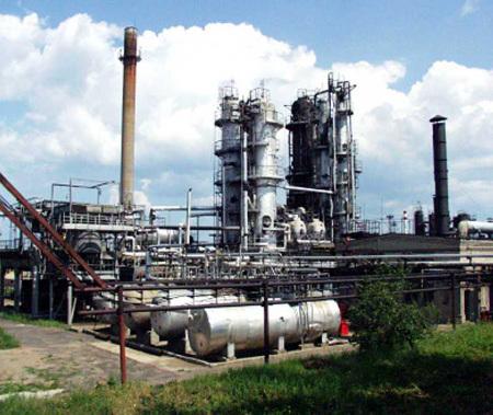 Знаменитый Грозненский НПК (в круге) оказался не нужен бизнесу, решившему гнать за рубеж сырую нефть