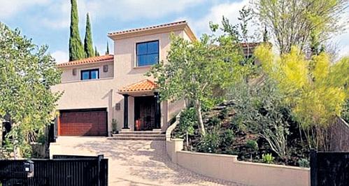 После продажи дома АБДУЛ не прочь положить в карман $1,9 млн.