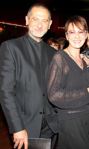 Ирина ХАКАМАДА с мужем (фото Бориса КУДРЯВОВА)