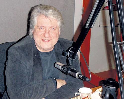 Эдуард ТОМАН известен в Эстонии не только как актёр и режиссёр, но и как певец. Фото narodnoeradio.ee