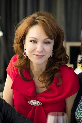 Алиса ЯВОРСКАЯ в серьгах Элизабет ТЕЙЛОР