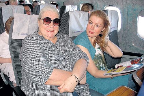В путешествиях мама - верная спутница Маши