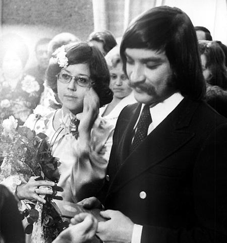 На свадьбу ТИХАНОВИЧА и ПОПЛАВСКОЙ пришла уйма народу