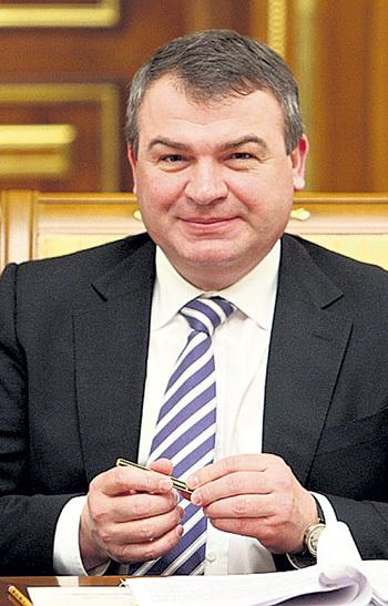 Теперь для улыбок у Анатолия Эдуардовича немного поводов. Фото Владимира ВЕЛЕНГУРИНА/«Комсомольская правда»