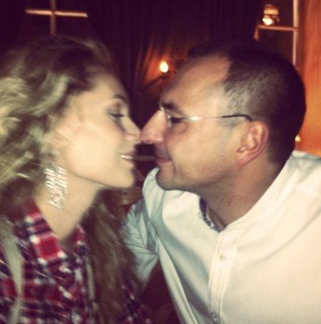 33-летняя певица и 49-летний бизнесмен по-настоящему счастливы. Фото: instagram.com