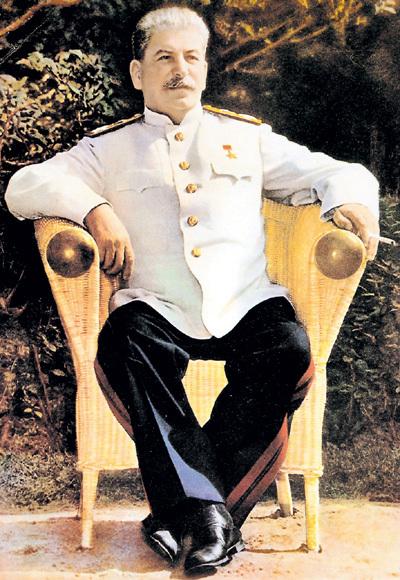 СТАЛИН, он же Иосиф Виссарионович ДЖУГАШВИЛИ, возглавлял СССР три десятилетия и сделал Россию сверхдержавой