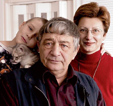 Писатель прожил с Элеонорой и пасынком Владом почти десять лет. Фото: «PhotoXPress»