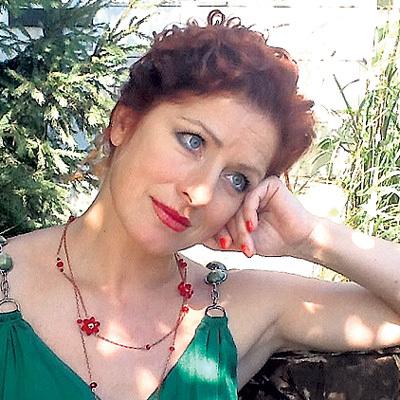 Когда не стало Андрея, Вера ВОРОНКОВА написала в «Фейсбуке»: «Скоро всё сердце будет в чёрных дырах от невосполнимых утрат, в которые утекает наша молодость.., жизнь.., любовь...». Фото: Fb.com