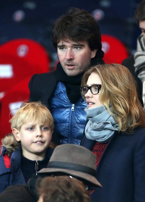Антуан арно с детьми фото
