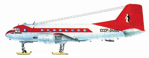 Советский ИЛ-14...