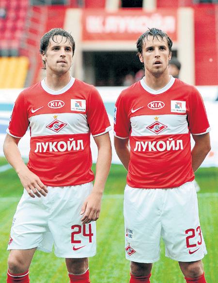 Братьев Кирилла и Дмитрия (№ 23) многие путают до сих пор