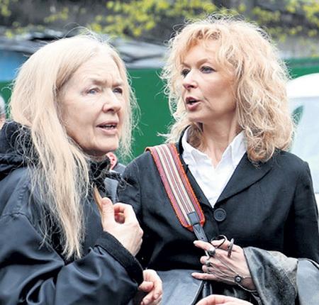 Вдова народного артиста Елена с дочерью Екатериной