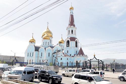 Кафедральный собор Иконы Казанской Божьей  Матери, возведённый в Чите в начале 2000-х годов, - самое высокое здание в столице Забайкалья