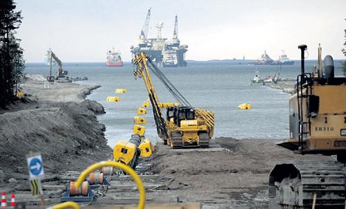 Самое сложное в строительстве газопровода - проложить трубы по дну моря. Фото: south-stream.info