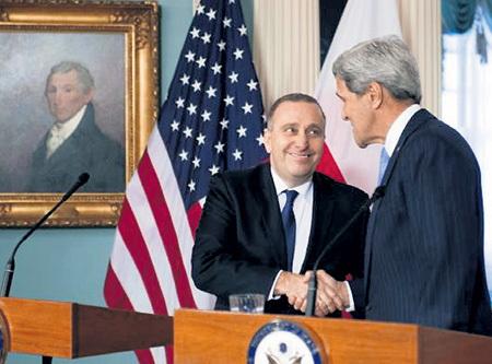 Госсекретарь США Джон КЕРРИ с министром иностранных дел Польши Гжегожем СХЕТЫНОЙ (2015 год). Ничего не изменилось!