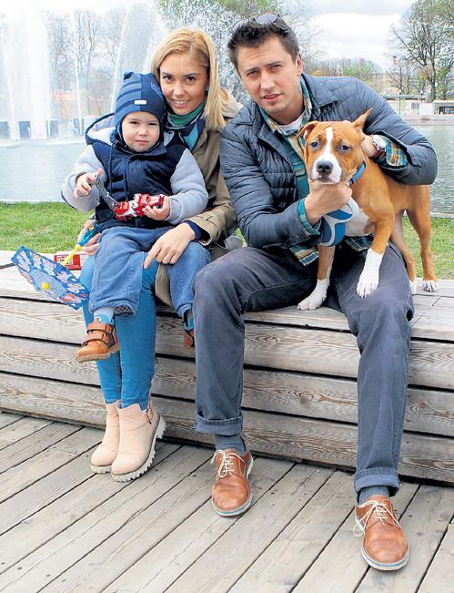 Павел ПРИЛУЧНЫЙ с женой и сыном