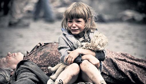 Слёзы ребёнка «немецких» украинцев не трогают. Фото: slavdelo.dn.ua