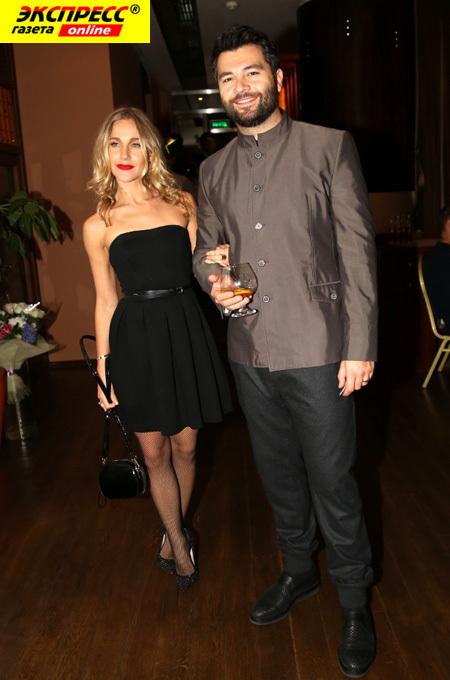 Юлия КОВАЛЬЧУК с мужем Алексеем ЧУМАКОВЫМ. (Фото Бориса КУДРЯВОВА)