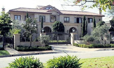 Недвижимость семьи ЛЕСИНЫХ в США вызывает только один вопрос... Фото: movoto.com
