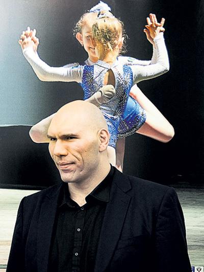 Некоторые фото смогли растрогать даже депутата Николая ВАЛУЕВА