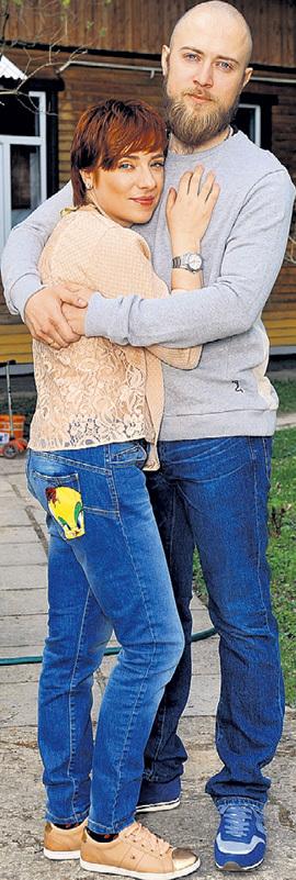 Таня с мужем Валерием. Фото Михаила ФРОЛОВА/«Комсомольская правда»