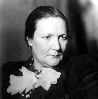 Ольга ПЫЖОВА стала первой женой профессора БИБИКОВА