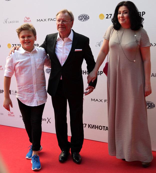 Сергей ШАКУРОВ с женой и сыном