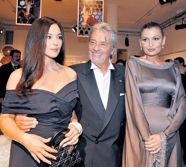 Лола КЕРИМОВА выложила почти 200 тысяч евро за обед с Аленом ДЕЛОНОМ и Моникой БЕЛЛУЧЧИ