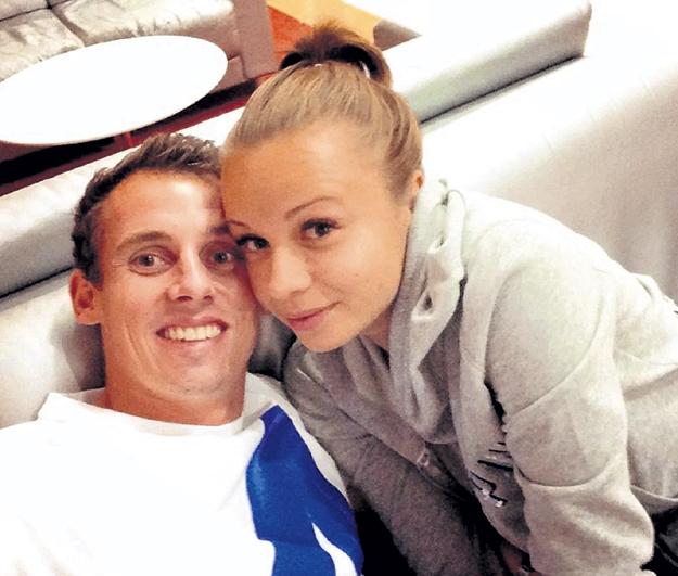 Кристина и Люк тайно расписались в Австралии. Фото: Facebook.com