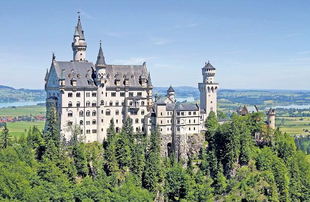 Немцы считают, что идея балета пришла к ЧАЙКОВСКОМУ в сказочном Нойшванштайне. Фото: Wikipedia.org