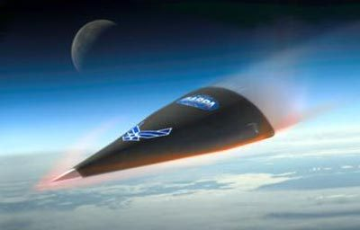 Falcon HTV-2 на этапе входа в плотные слои атмосферы. Источник: wikipedia.org